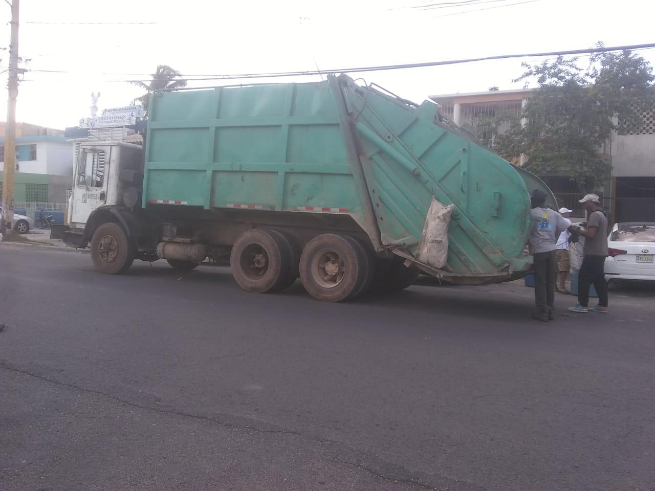 Ruta de este lunes 18 de noviembre de los camiones recolectores de desechos solidos