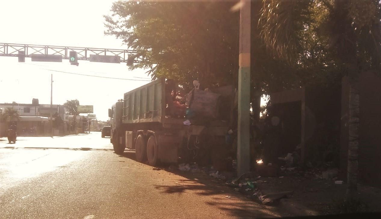 Ayuntamiento de La Romana continua este martes con la recolección desechos sólidos