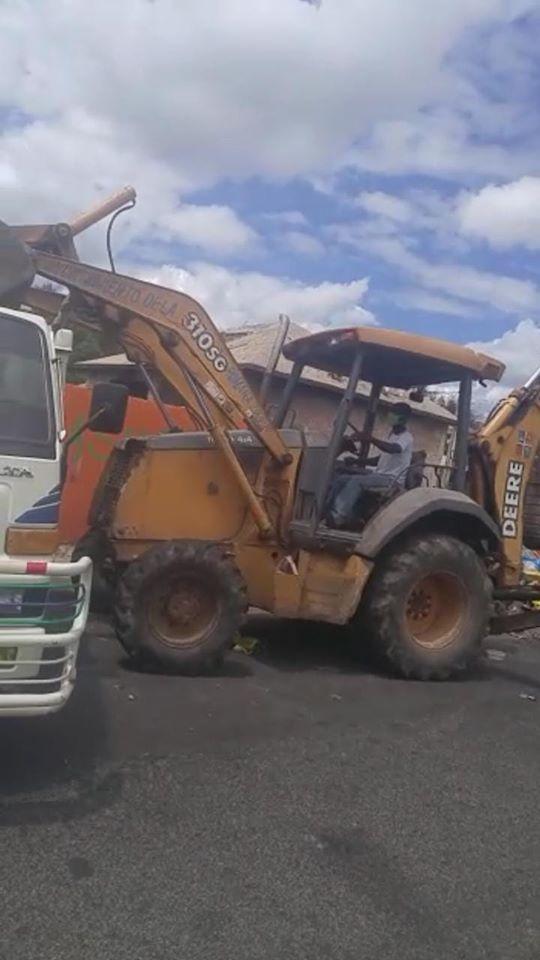 Ayuntamiento de La Romana continua con  el más grande operativo  limpieza del municipio